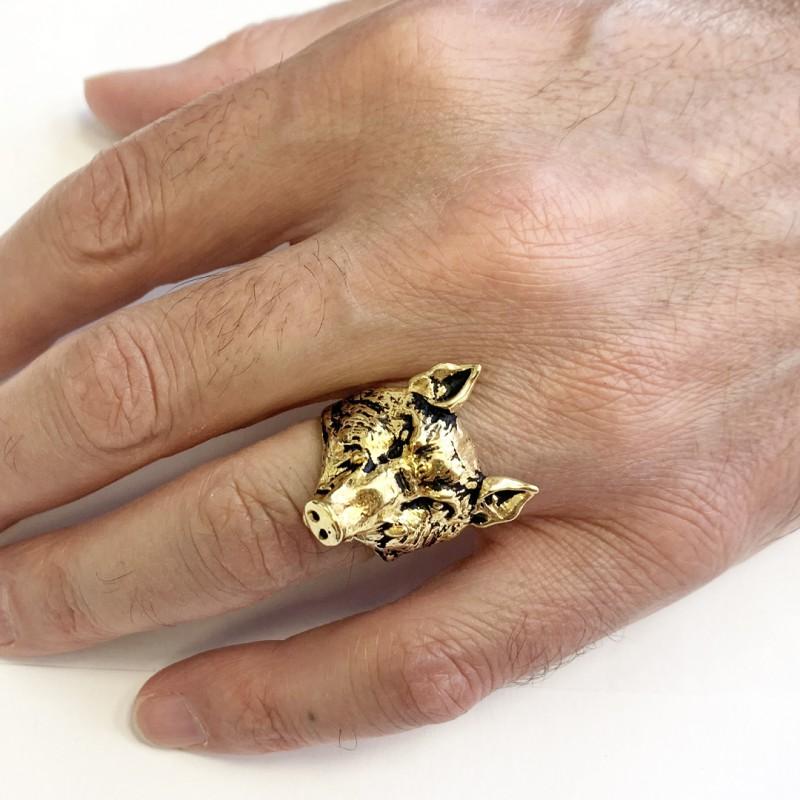 Pig Ring