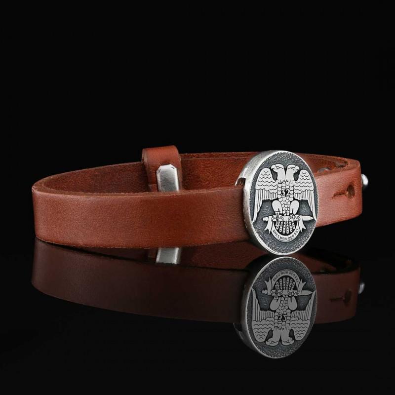 Oval Mason 32 Spes Mein Deo Est Bracelet